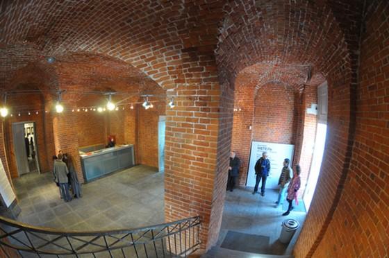 Фото выставочный зал Арсенал