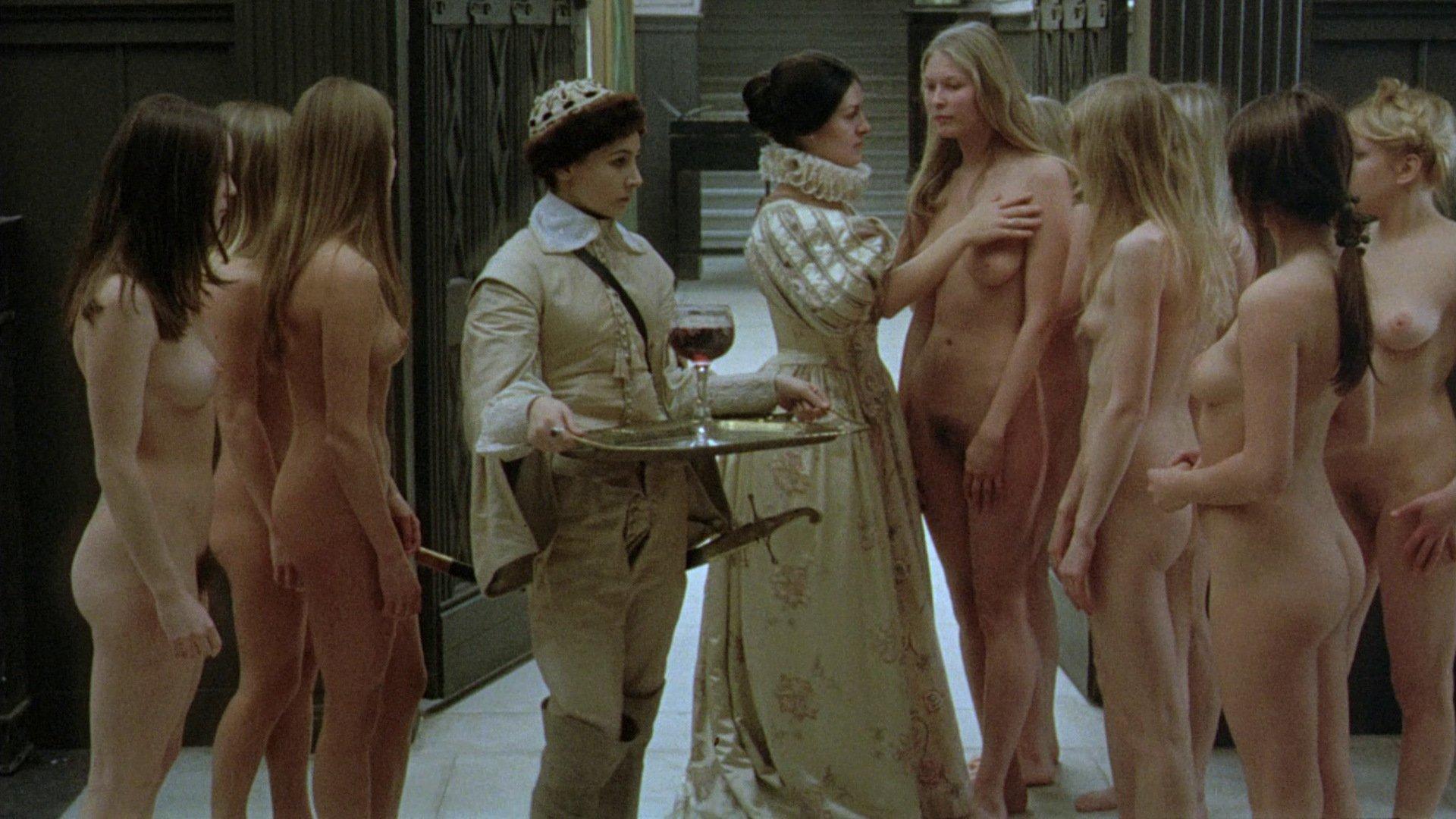 Фильм смотрит еротикаси