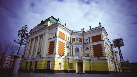 Театр им. Охлопкова
