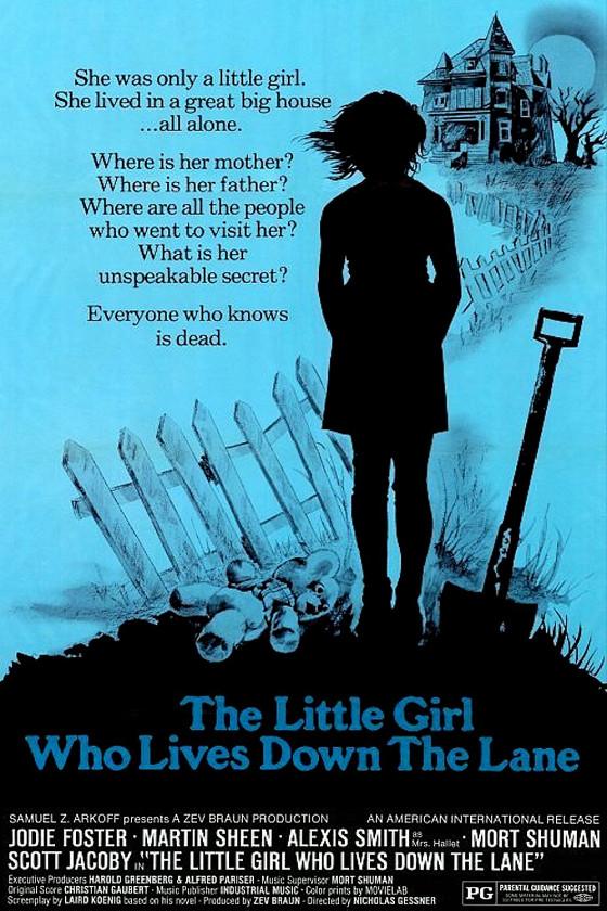Девочка, живущая вниз по переулку (The Little Girl Who Lives Down the Lane)