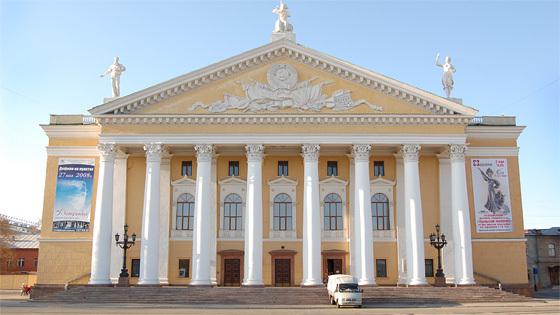 Театр оперы и балета им. Глинки