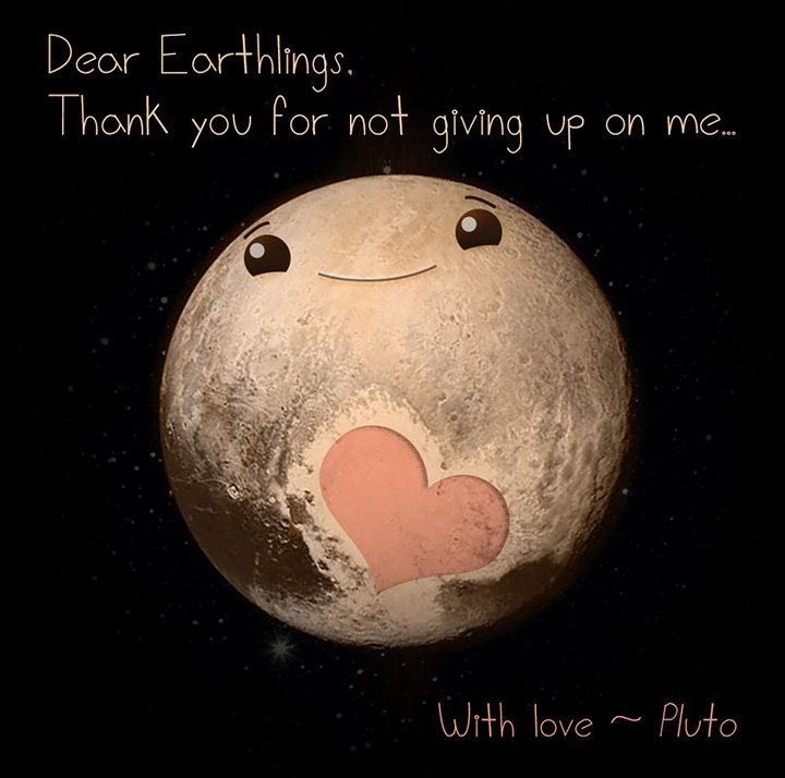 Одно из забавных изображений, обыгрывающих пятно в форме сердца на Плутоне
