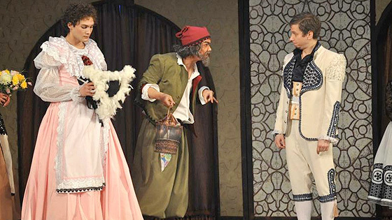 Театр: Безумный день, или Женитьба Фигаро