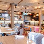 Ресторан Школа вина 0,75 - фотография 2 - Малый зал