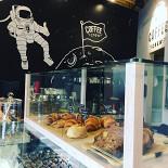 Ресторан Coffee Crew на Мичуринском - фотография 1