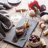 Ресторан Cork Wine Bar - фотография 5 - Тапас-меню