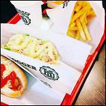 Ресторан Hotdogger - фотография 2
