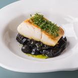 Ресторан The Repa - фотография 2 - Мурманская треска с черным пастернаком