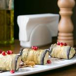 Ресторан Marani - фотография 5 - Роллы из баклажанов
