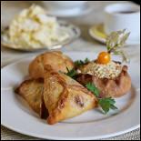 Ресторан Караван-сарай - фотография 6 - Треугольник и губадия с кортом