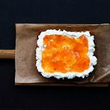 Ресторан Tehnikum - фотография 2 - бриошь, рикотта, абрикоcовый джем