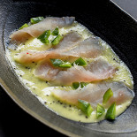 Ресторан 19 Bar & Atmosphere - фотография 4 - Омуль в соусе киви-лайм
