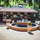 Ресторан Фрателли - фотография 6 - Летняя терраса