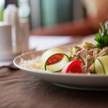 Ресторан Tajj Mahal - фотография 3 - большой выбор салатов и закусок