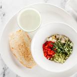 Ресторан Pesto Café - фотография 1 - Холодный огуречно-йогуртовый суп.