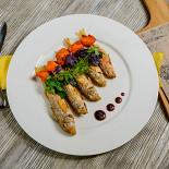 Ресторан Веселое - фотография 2 - Барабулька жареная с запеченной тыквой