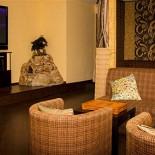 Ресторан Чайная братьев Кипятковых - фотография 4 - Большой телевизор и игровая приставка