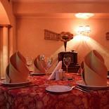 Ресторан Старая усадьба - фотография 5 - Красный зал