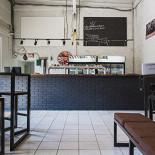 Ресторан Cans & Beer - фотография 4