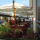 Ресторан Mi Piace - фотография 3 - Летняя веранда.