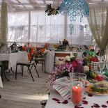 Ресторан Поляна - фотография 4 - Летняя веранда