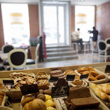 Ресторан Artisan Bakery - фотография 1