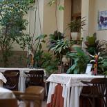 Ресторан На Знаменке - фотография 1 - зал для курящих