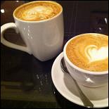Ресторан Кофеин - фотография 3 - Два капучино.