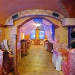 Ресторан Мархаба - фотография 1 - Большой зал