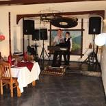 Ресторан Кувшин - фотография 4 - Вид на сцену