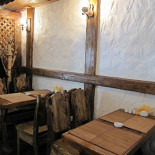 Ресторан Хинкали - фотография 4 - Уютный уголок шашлычной Хинкали на Маросейке