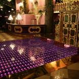 Ресторан Pin-Up Rooms - фотография 1 - Сцена-танцпол