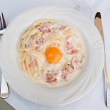 Ресторан Benvenuti - фотография 2 - Карбонара с прекрасным желтком!