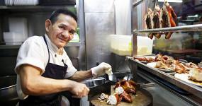 Познакомьтесь с владельцем уличной лавки с едой, которая получила звезду Michelin