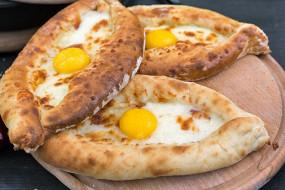 Пицца-пури-хачапури
