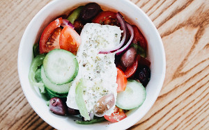 Гирос, фета и сувлаки: где в Москве едят греки