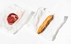 Выдержанный стейк, кленовый сироп и компот: что купить в лавках при ресторанах