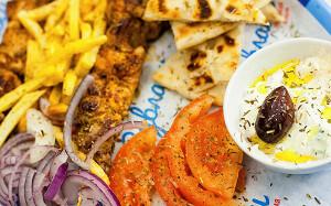 Разбуди свое буюрди: греческие закуски в кафе «Пита & Сувлаки»