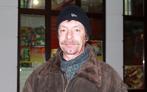 «Бомж опускается, а супербомж — поднимается»: монологи московских бездомных