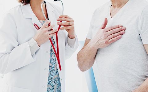 Вредный лайфхак: сердечный приступ можно облегчить специальным кашлем