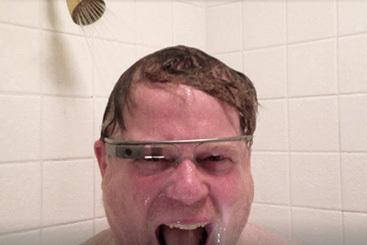 Пользоваться Google Glass неприлично?