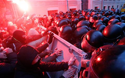 Адольфыч, группа «Дахабраха» и другие о том, почему Евромайдан — не Болотная