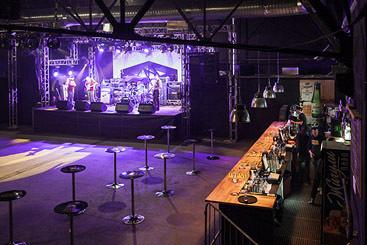«Театр», Volta Club, «Главклуб» и другие новые концертные клубы Москвы