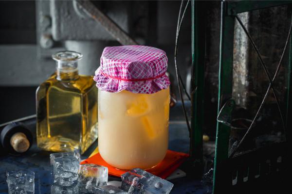 лимонад из ананаса с яичным желтком (350 р.)