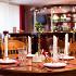 Ресторан Джулия - фотография 2 - Стоимость меню на человека от 400 руб. Проведение свадеб, банкетов, тематических вечеринок. Число посадочных мест: 40-50
