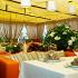 Ресторан Альпийская терраса - фотография 12 - Летняя веранда ресторана