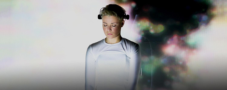 «Neurointegrum» в Александринке: прямой репортаж из головы актрисы