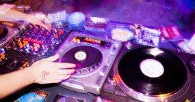 «Женский рай»: DJ Игорь Zenkov, MC Novikov