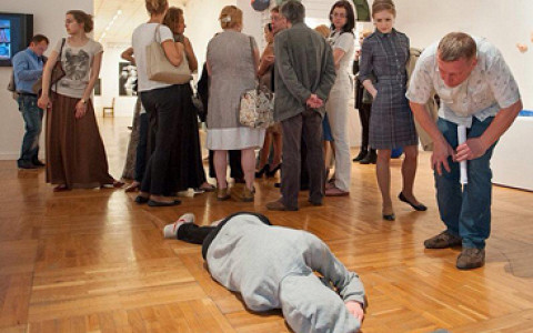Почему из Третьяковки убрали спящего рабочего Арсения Жиляева