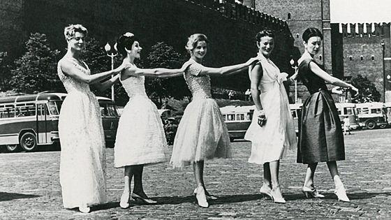 Christian Dior — 60 лет истории в фотографиях